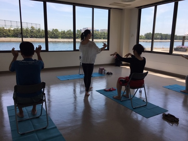 YOGA in 八景島 -chair yoga-